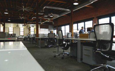 Kontorslandskap motverkar samarbete enligt forskare från Harvard